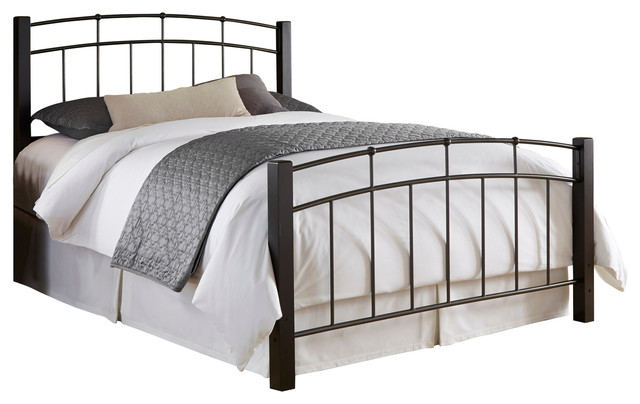 Scottsdale Complete Bed With Metal Duo Panels And Dark Espresso Wooden Posts.