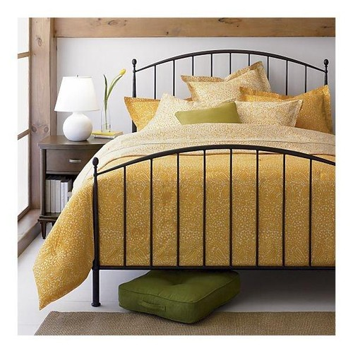 Need help finding this bed!