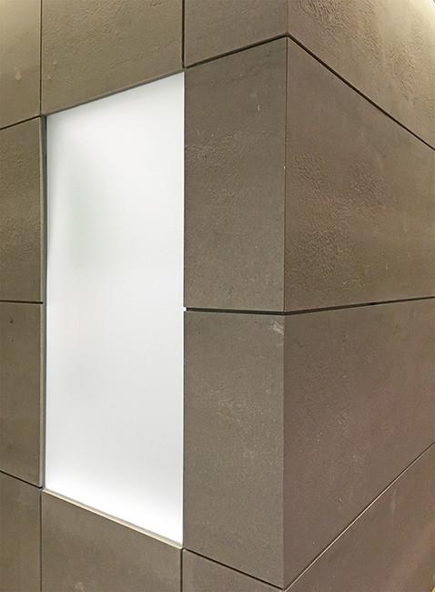 Detalle de ventana en volumen central