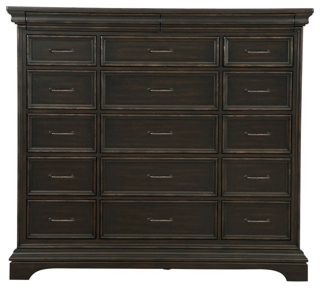Pulaski Furniture Caldwell Master Chest Traditional