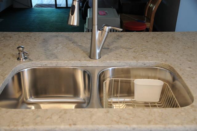 Sammamish Quartz Kitchen Countertop
