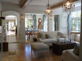 7 Tips for lovely traditional living room lighting  Fox News