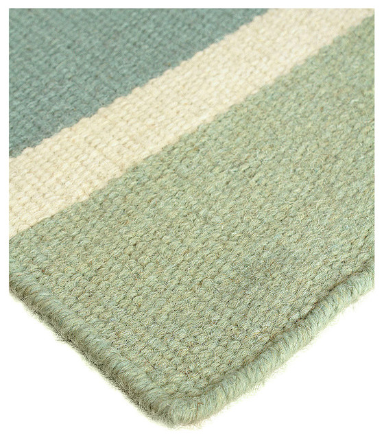 Sea green rug roselawnlutheran for Wool berber area rug