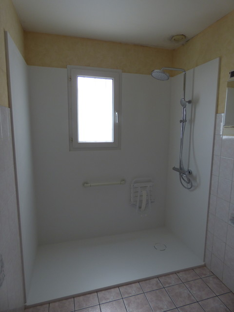 am nagement d 39 une douche en krion moderne salle de
