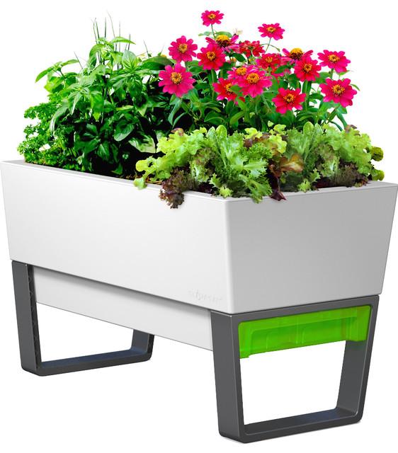 Greenpointe Garden Planter - Contemporary - Outdoor Pots And ...