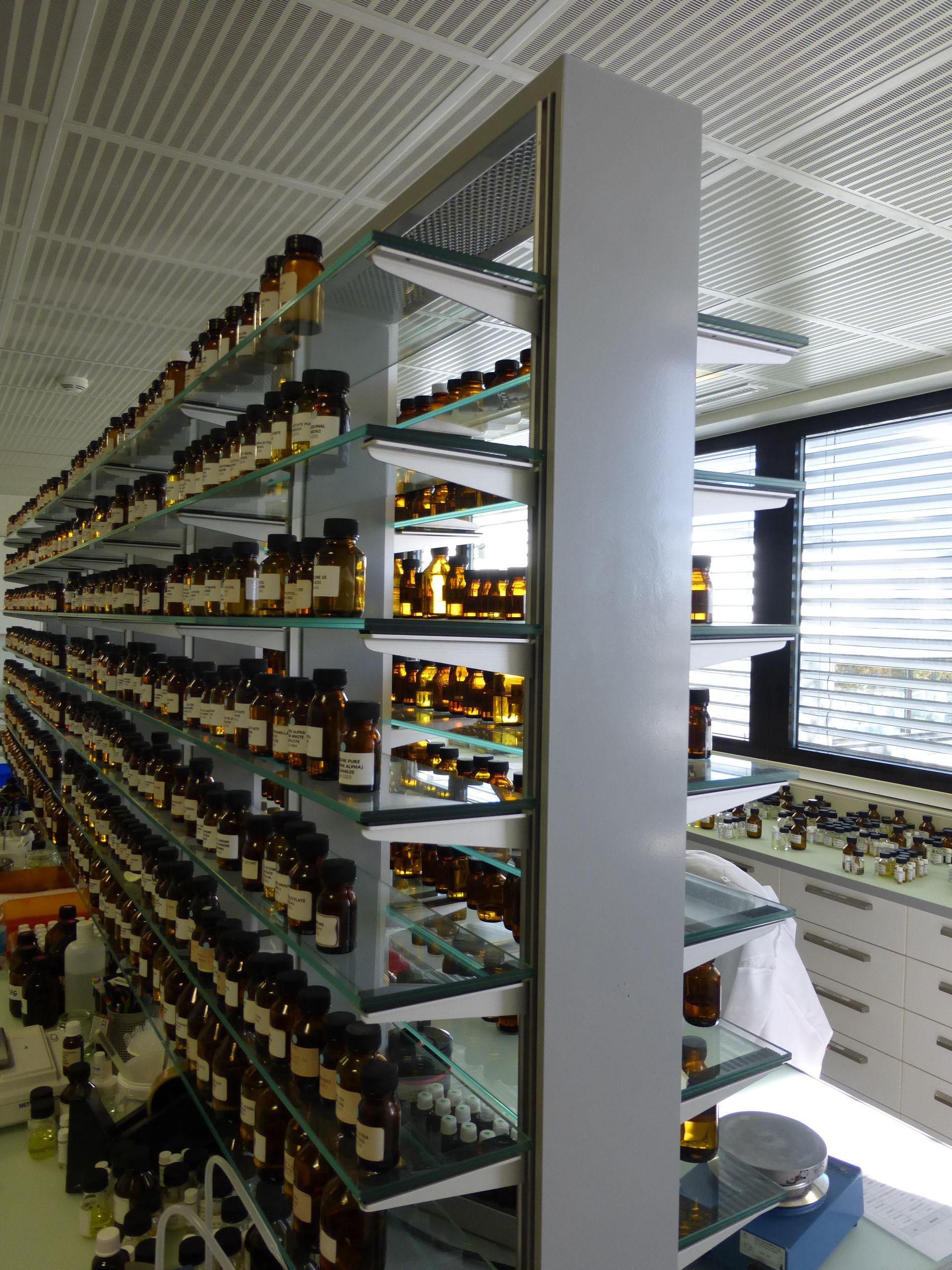 Usine de Parfums et Laboratoire
