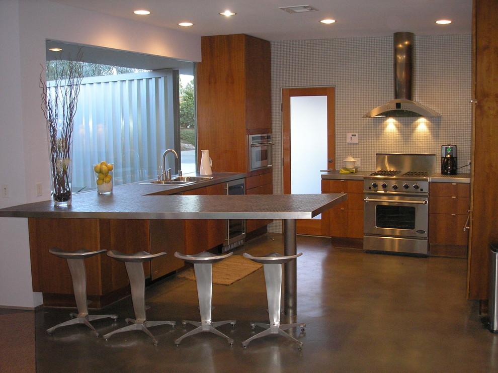 Home design - modern home design idea in Los Angeles