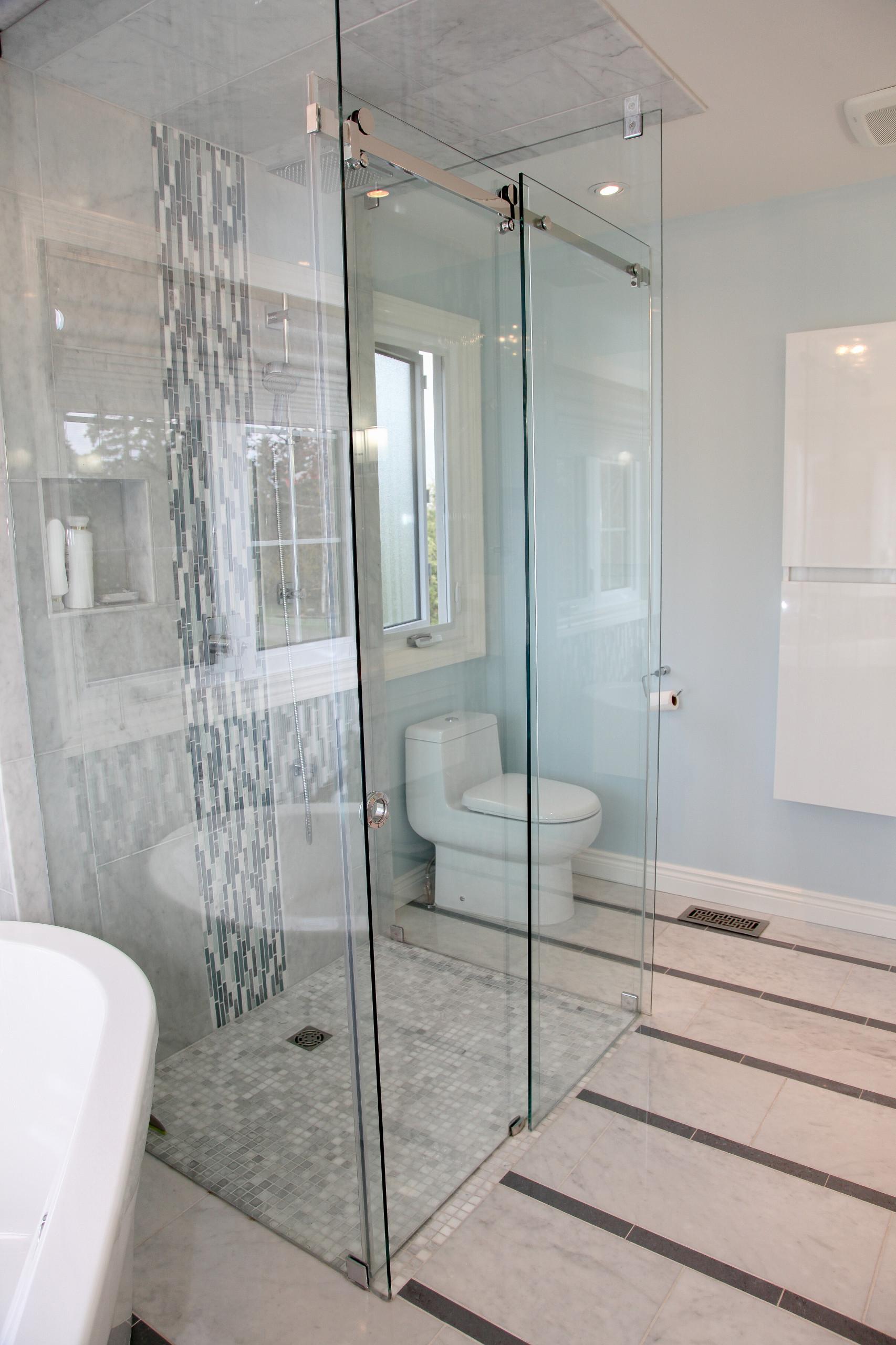 Streamside Bathroom