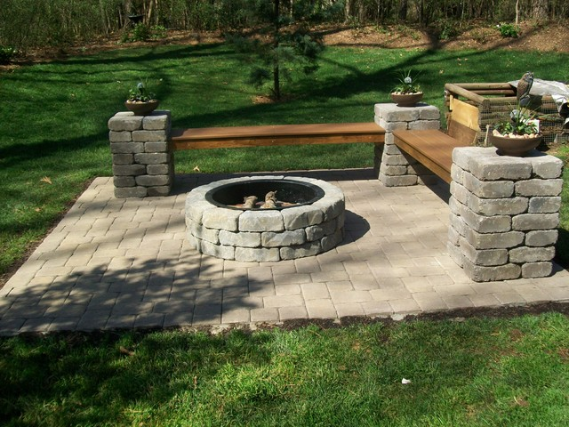 Outdoor fireplaces fire pits lowes firepit kit for Buy outdoor fire pit