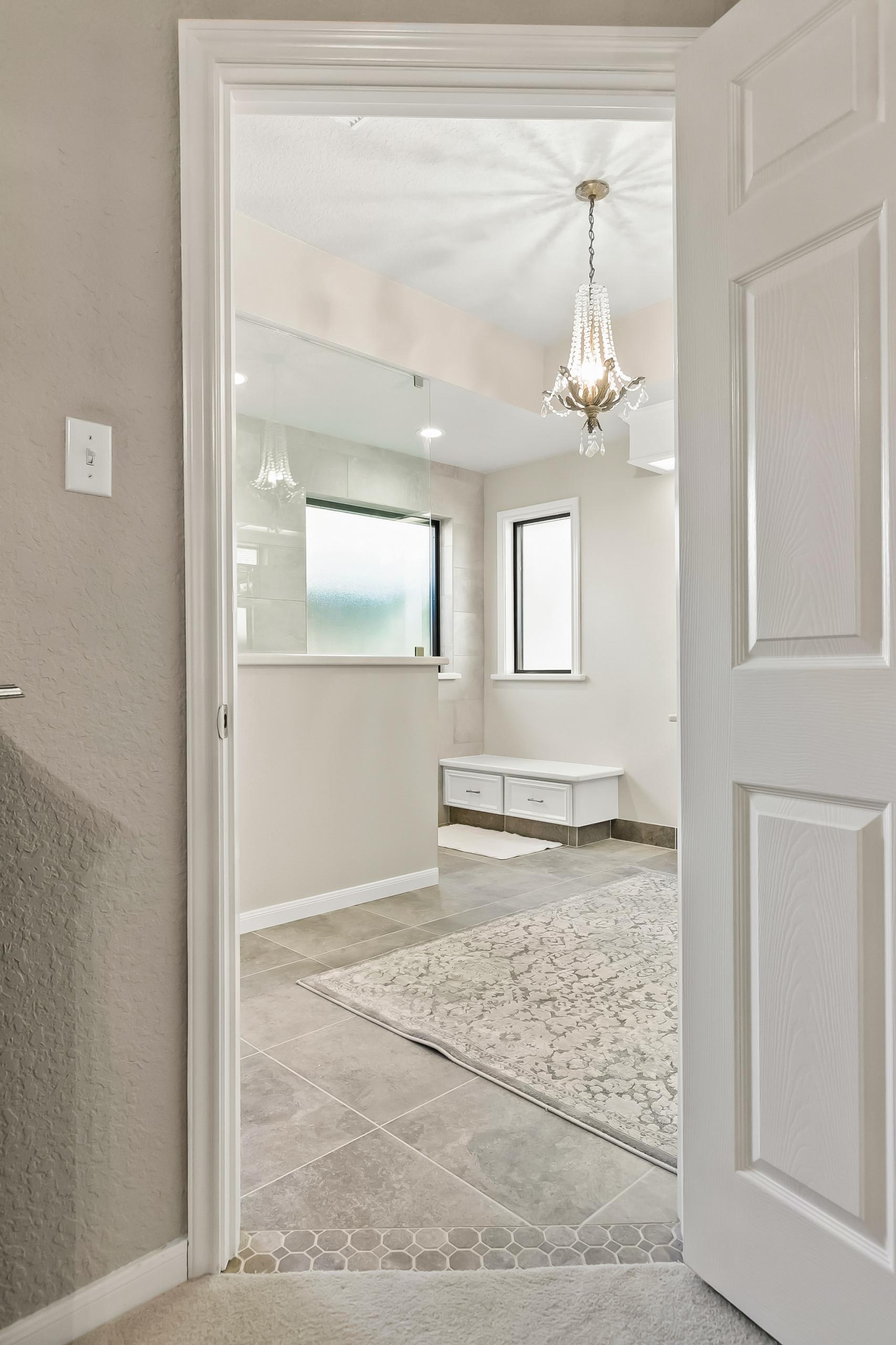 Silverlace Court - Lake Jackson - Main Bathroom Remodel - 2020