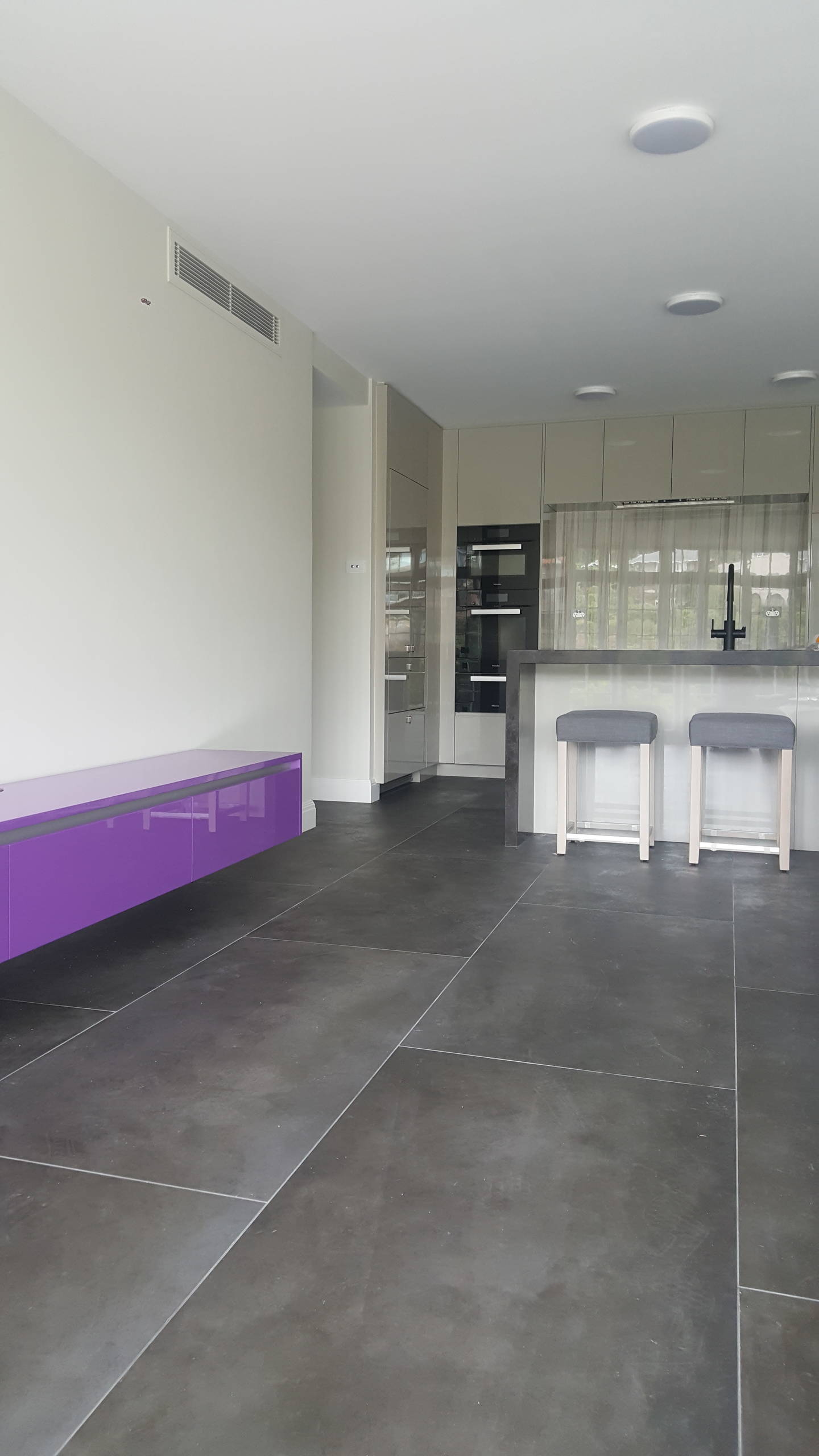 Sydney Waterside apartment