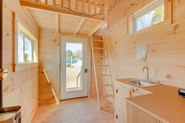 Tiny house on wheels scandinavian santa barbara by for Tiny house santa barbara