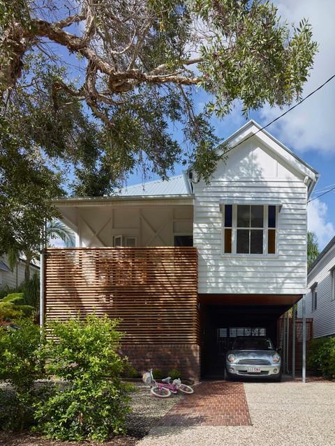 Brisbane Renovation Raises House Above Flood Levels Houzz Au