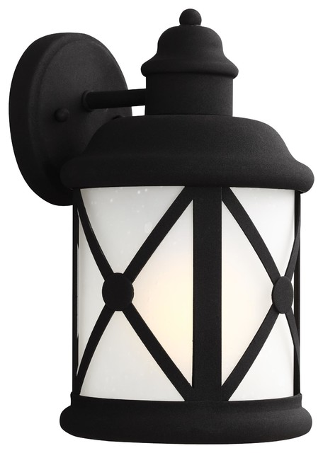 Medium One Light Outdoor Wall Lantern, Black.