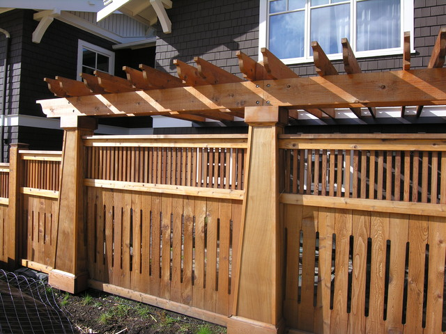 Kirkland fence for outdoor living traditional for Craftsman style fence