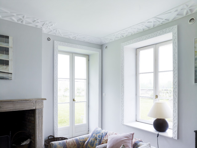 Linear Architrave And Cornicing