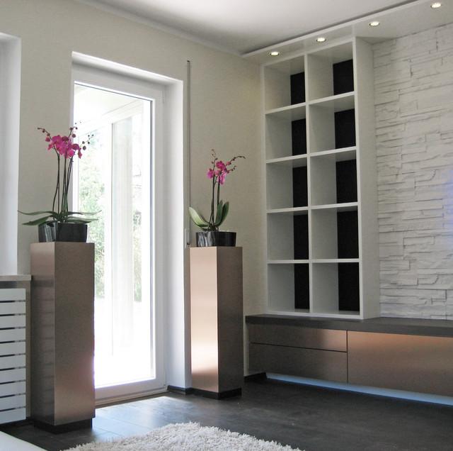 Wohnzimmer mit Steinwand 2 - Klassisch modern - München ...
