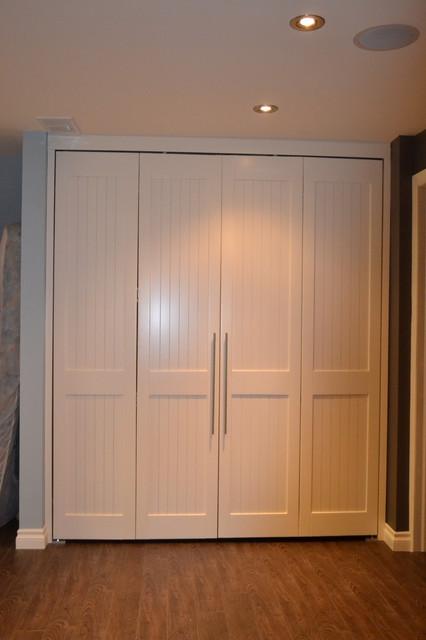 Interior shaker closet bi fold doors - Shaker bifold closet doors ...