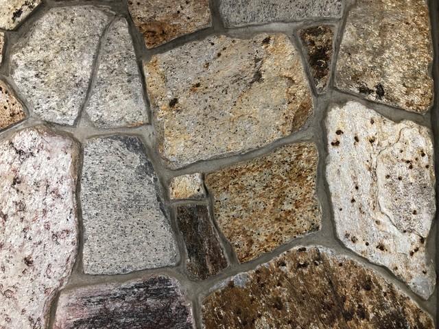 Golden Creek Mosaic Veneer