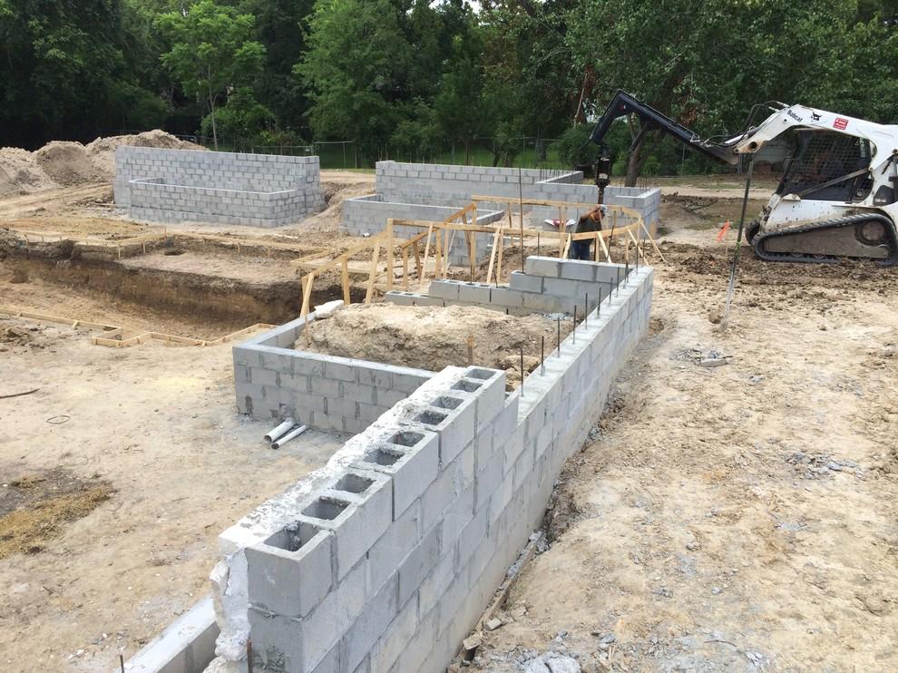 CMU Walls by Masonry Contractor