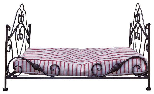Wrought Iron Dog Bed With Mattress