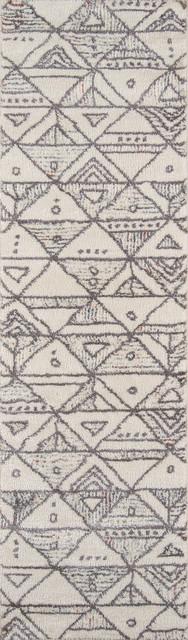 """Lima Ivory Rug, 2&x27;3""""x7&x27;6""""."""