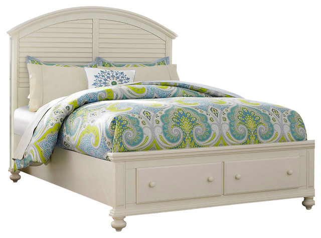 Broyhill Seabrooke Panel Bed With Storage Footboard Queen Traditional Panel Beds By