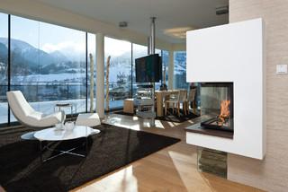 kamin mit 2 sichtseiten modern wohnbereich m nchen von r egg studio oberbayern gmbh. Black Bedroom Furniture Sets. Home Design Ideas