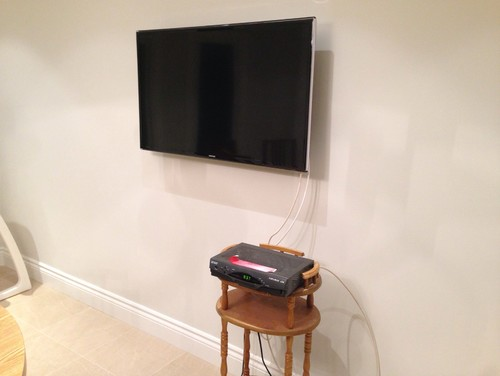 how to hide the converter for a tv mounted on a wall. Black Bedroom Furniture Sets. Home Design Ideas