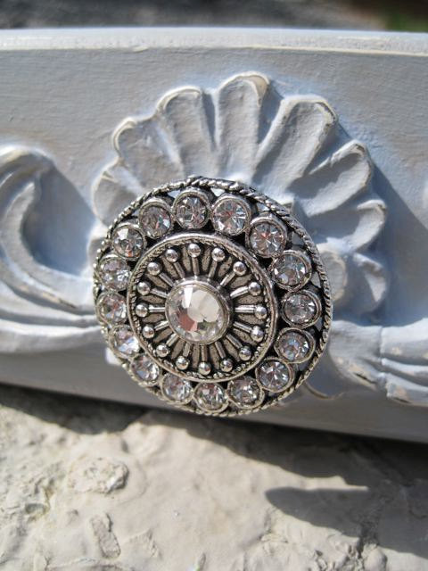 Amazing Round Drawer Knobs with Swarovski Crystals by DaRosa Childrens Art eclectic knobs