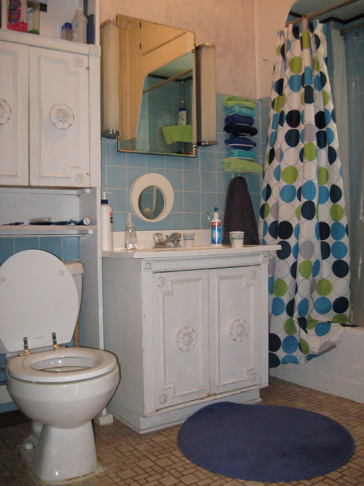 Chicago Bungalow Bath Remodel - BEFORE