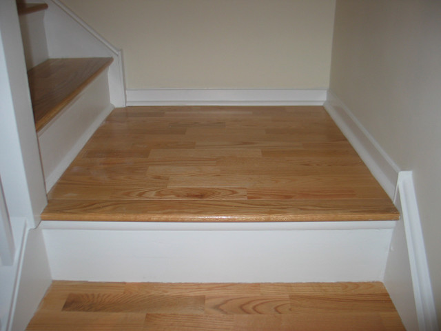 Great Natural Red Oak Wood Floors   3 Strip On Stairs Contemporary