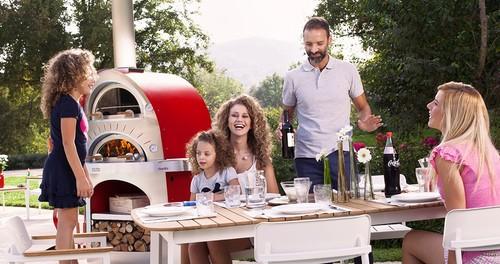 Modern kerti konyha a társasági élet színtere