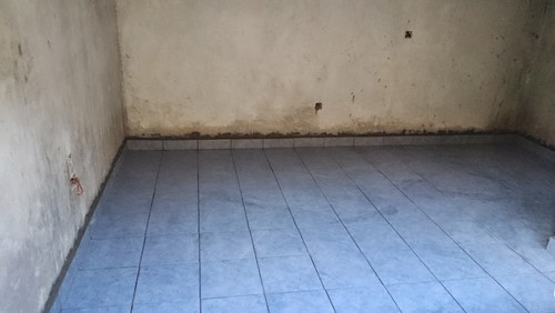 blue floor tiles what wall paint color