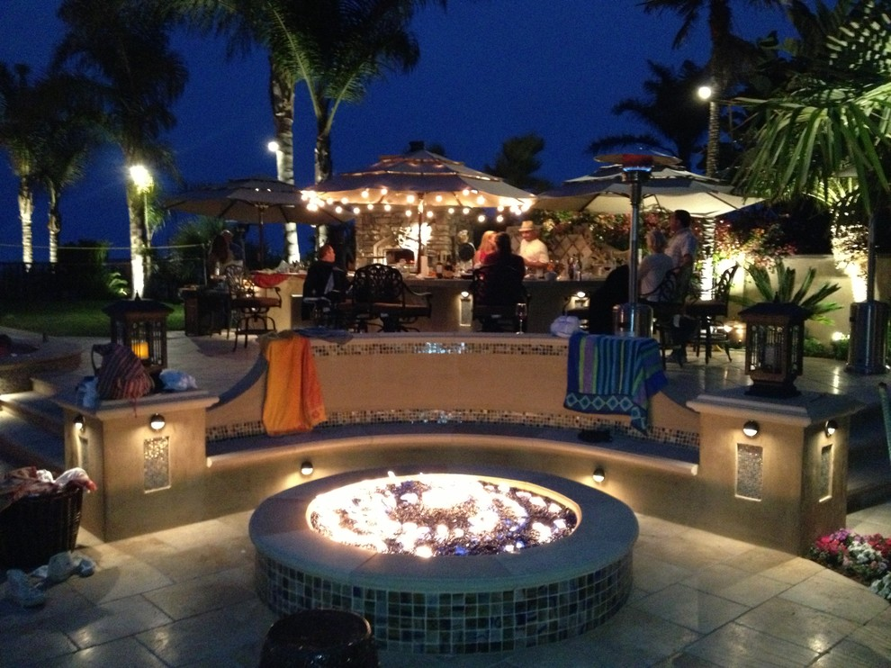 Evening Entertainment Outdoor Kitchen and Fire Pit