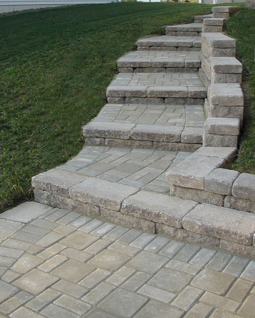 Etonnant Creative Outdoor Stairs Options Using Allan Block Retaining Walls  Traditional