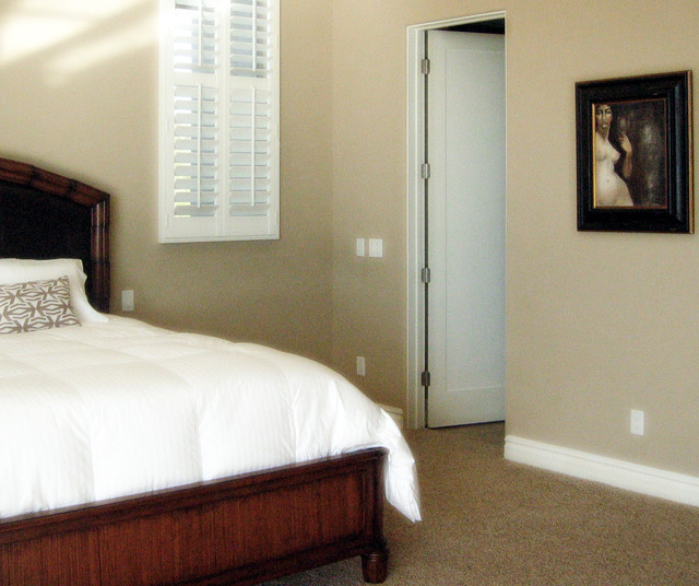 Transitional home design photo in Phoenix