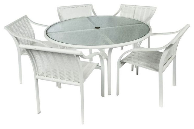 Tropitone Aluminum White Outdoor Dining Set   $3,240 Est. Retail   $90