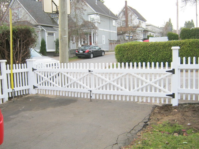 2x2 picket fence midcentury