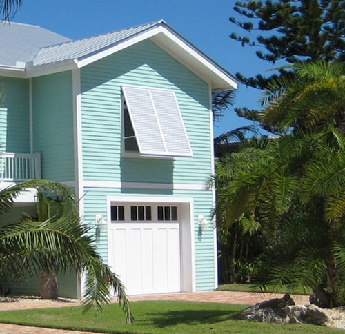 Blue beach house color help for Home color design outside