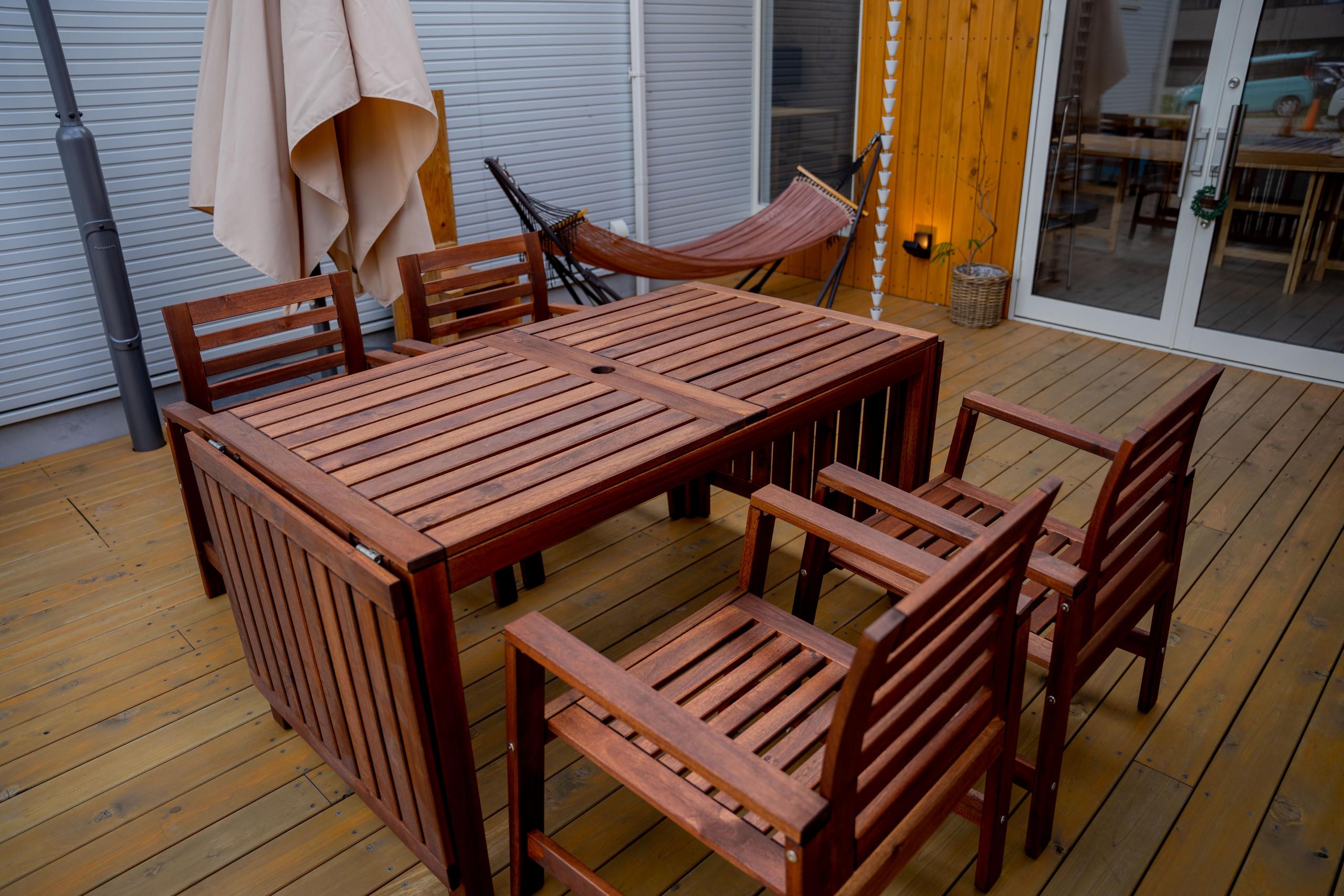 好きな形に組み立てられる♪イケア製のテーブル