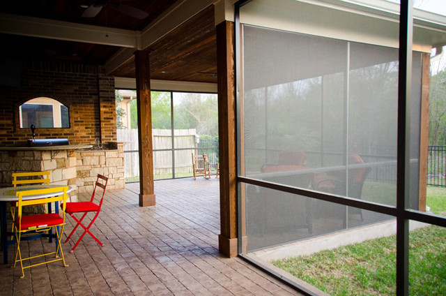 screened in patio and outdoor kitchen in katy tx traditional porch - Outdoor Screened Porches