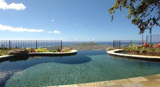 Honolulu, HI Swimming Pool