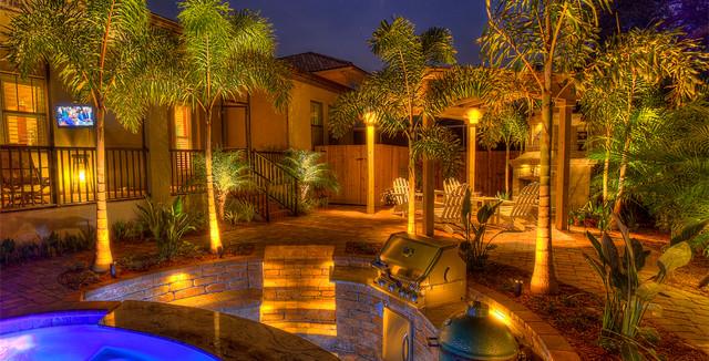 Kichler award winning south tampa backyard landscape for Award winning backyard designs
