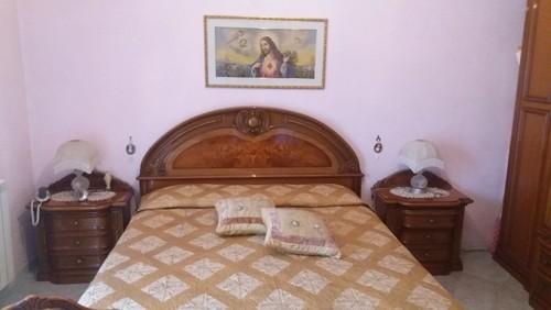 Come dipingere le pareti della camera da letto?