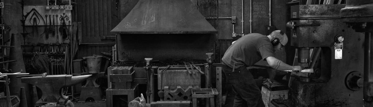 James Price Blacksmith Ltd Lewes East Sussex Uk Bn7 3qy
