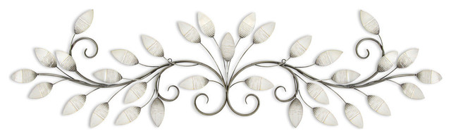 Stratton Home Decor Brushed Pearl Over The Door Wall Decor.