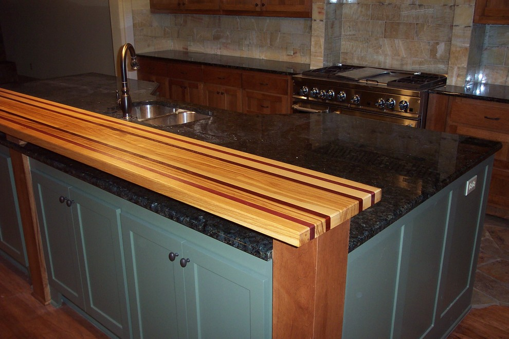 Pecan, Purple Heart Edge grain wood Bar Top