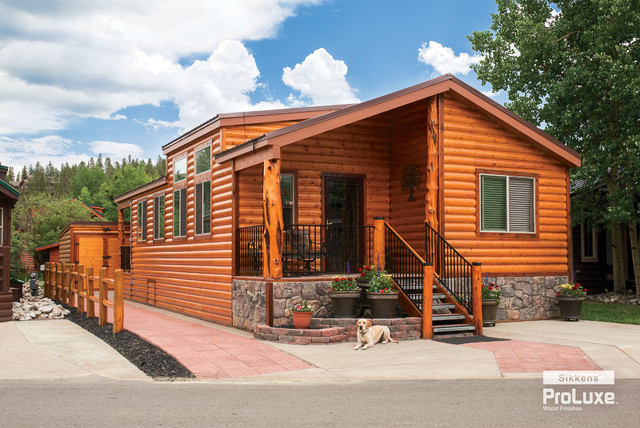 Exterior: Knotty Pine Cabin With Covered Patio, Log Pillars And