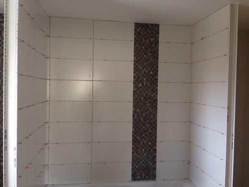carrelage salle de bain quinconce. Black Bedroom Furniture Sets. Home Design Ideas